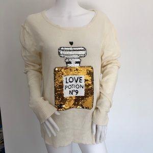 Wildfox love potion no. 9 light sweater S